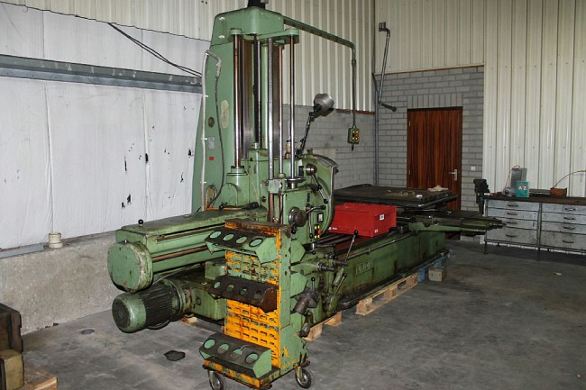1965 VEB Union BFT80 Horizontal Boring Machine