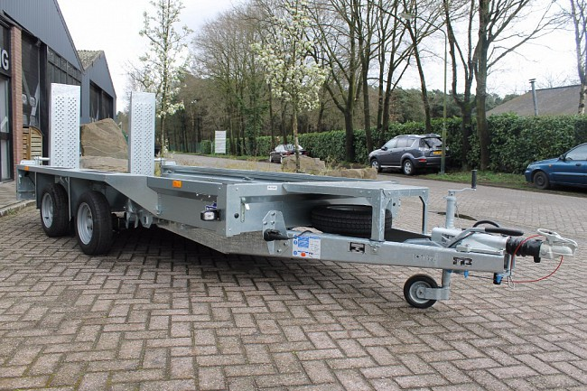 2016 Ifor Williams GX125HD   Oprijbalken