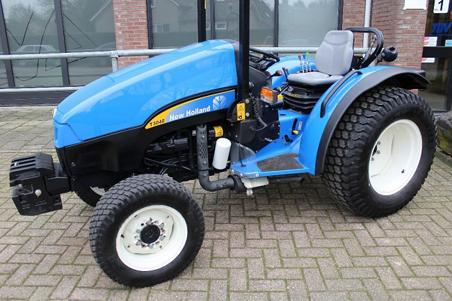 2007 New Holland T3040